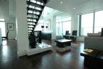 2 bed Flat in Pan Peninsula East...