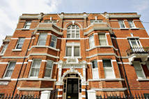 2 bedroom Flat for sale in Richmond Way...