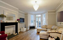 Sinclair Road Flat to rent