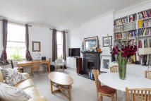 1 bed Flat to rent in Addison Gardens, London...