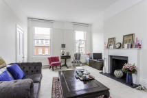 1 bed Flat in Addison Gardens, London...