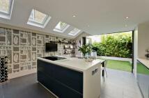5 bedroom Terraced house in Anley Road, Brook Green...