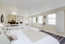 Apartment for sale in Minford Gardens, London...