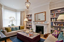 5 bedroom Terraced house for sale in Sterndale Road...
