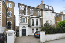 5 bedroom semi detached property in Hammersmith Grove...