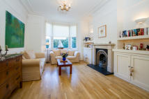 4 bedroom Detached property to rent in Dewhurst Road...
