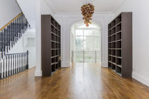 5 bedroom semi detached house in Batoum Gardens, London...