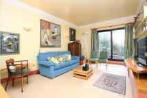 Town House for sale in Brackenbury Road, London...