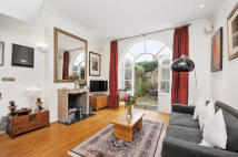 3 bed End of Terrace property to rent in Faroe Road, London, W14