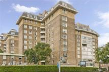 2 bedroom Flat in Boydell Court...