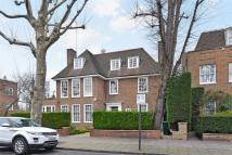 6 bed property in Springfield Road, London...