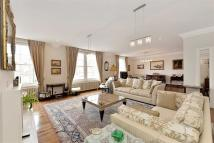 4 bed Flat in Abbey Lodge, London, NW8