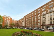 Flat to rent in Eyre Court, London, NW8