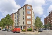2 bed Flat to rent in Charlbert Court...