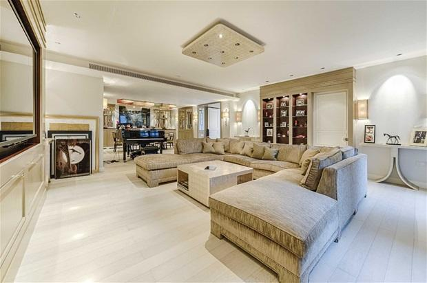 3 bedroom flat for sale in the knightsbridge apartments 199 knightsbridge london sw7 for Three bedroom apartments london
