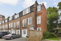 5 bedroom home to rent in Marston Close, London
