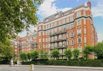 2 bedroom Flat to rent in St Johns Wood Court...