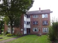 Ground Flat to rent in 1 Summerfield Place...