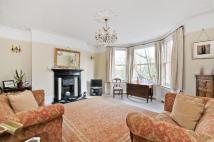 3 bed Apartment in Morshead Mansions...