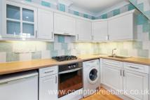 Apartment to rent in Howitt Road...