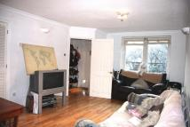 Apartment to rent in Surrey Quays TO LET