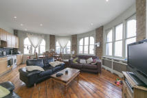 Apartment to rent in Camden, London