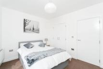 3 bedroom Flat to rent in Kentish Town, NW5
