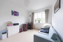 Camden Terraced property to rent