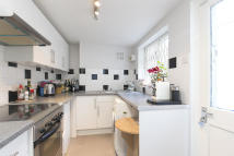 3 bedroom Terraced property to rent in Camden
