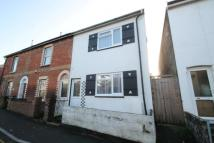 2 bedroom house to rent in Barton Road, Newport...