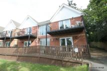 2 bedroom Flat to rent in Creek Gardens, Wootton...