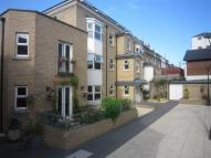 1 bedroom Flat in Cross Street, Ryde...