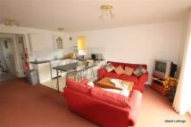2 bed Flat to rent in Creek Gardens, Wootton...