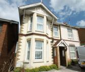 3 bed house to rent in St Johns Hill, Ryde...
