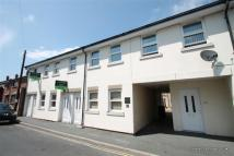 2 bedroom Flat to rent in Cross Street, Newport...