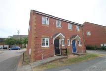 2 bedroom property to rent in Seaview Road, Cowes...