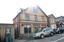 Apartment to rent in Denmark Road, Cowes...