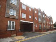 2 bedroom Flat in Willingham Court, Grimsby