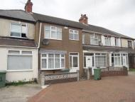 3 bed Terraced house to rent in Bridge Gardens, Grimsby