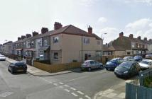 1 bed Ground Flat to rent in Daubney Street...
