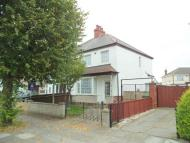 3 bedroom semi detached house in Central Parade, Grimsby