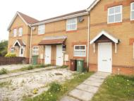 Mews to rent in Darwin Court, Grimsby