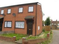 2 bedroom semi detached house to rent in Oxford Street, Grimsby