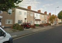 Flat to rent in Hainton Avenue, Grimsby