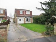 3 bedroom Detached property in Woodfield Close...