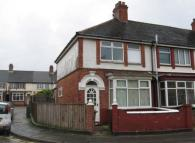 Poplar Road End of Terrace property to rent