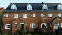 3 bedroom Town House to rent in Davey Close...