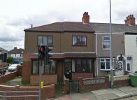 Ropery Street Ground Flat to rent