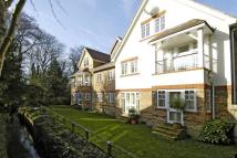 2 bedroom Apartment to rent in Portsmouth Road, Esher...