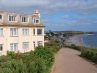 Cliff Road Flat for sale